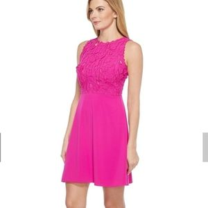 Laundry Shelli Segal •Electric Pink Applique Dress